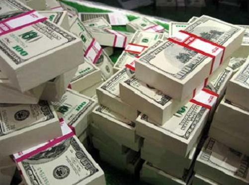 Miles de dolares americanos