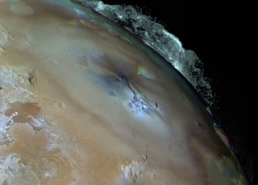 Volcán Pele en Io