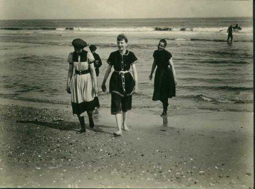 La historia del traje de baño, de la necesidad a la moda