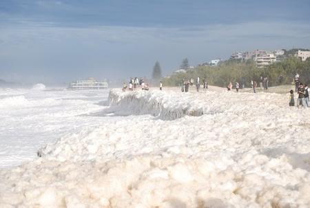Espuma en el mar de Australia
